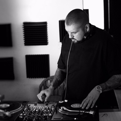 DJ Goce's avatar