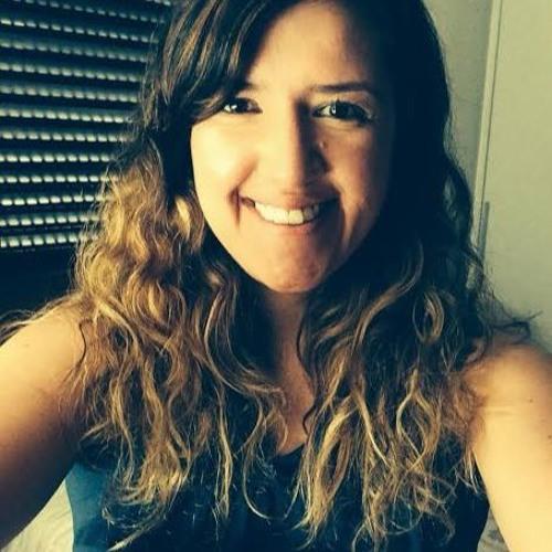 Liz Lacerda's avatar