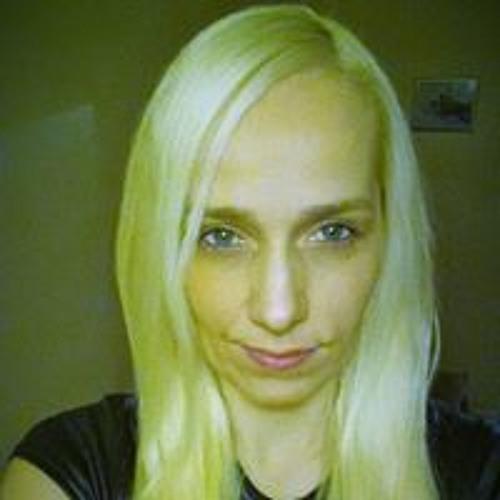 Simona Artmanova's avatar