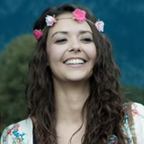Melinia's avatar