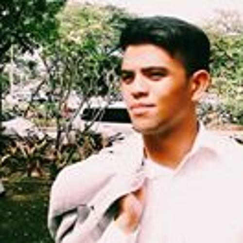 Hezi Montalan's avatar