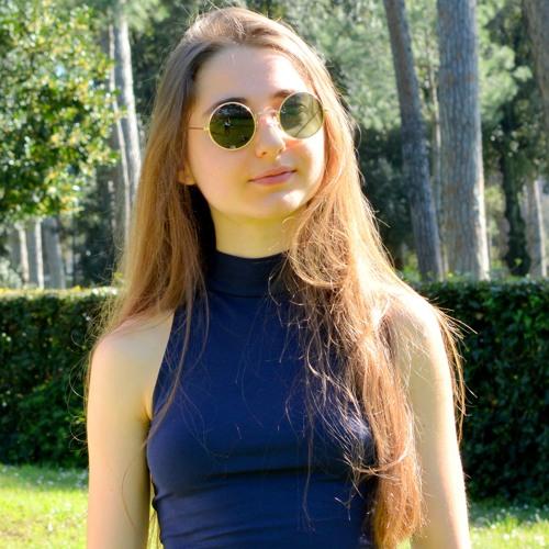 Laura Treglia's avatar