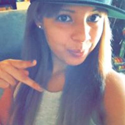 Mami Lolo's avatar