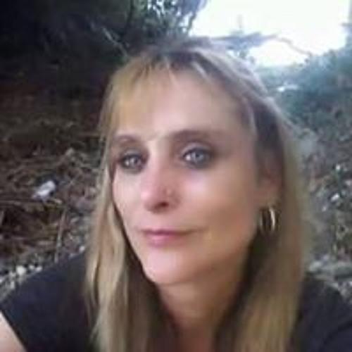 Erica Burnett's avatar