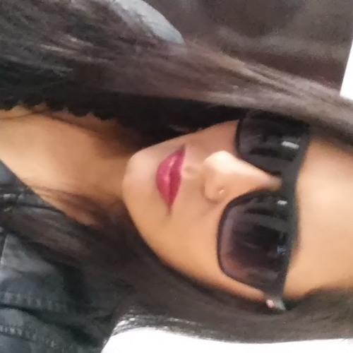 Pamela Magali's avatar
