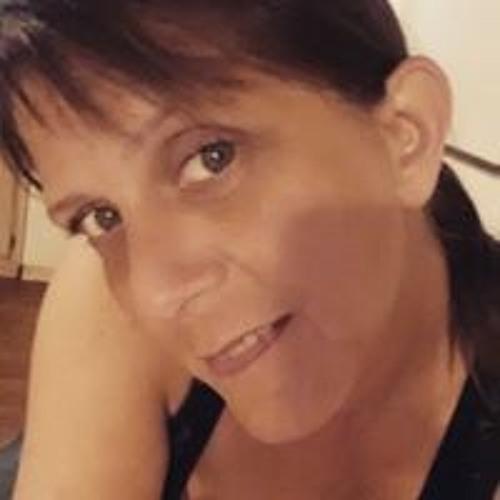 Samantha Douglas's avatar