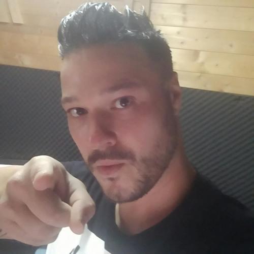 Christian Salas's avatar