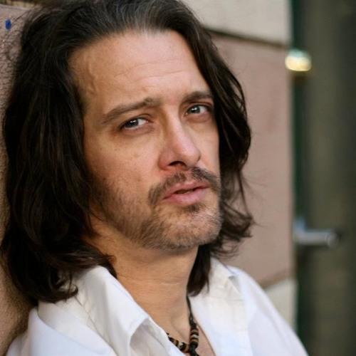 Carlos Larkin/Actor's avatar