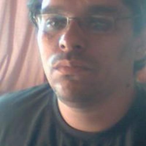 Eduardo Oliveira Oliveira's avatar