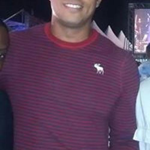 Vinicius Pitta's avatar