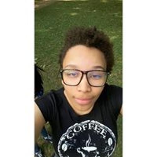 Naomi Nascimento's avatar