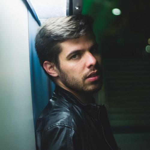 Filipe Pool's avatar