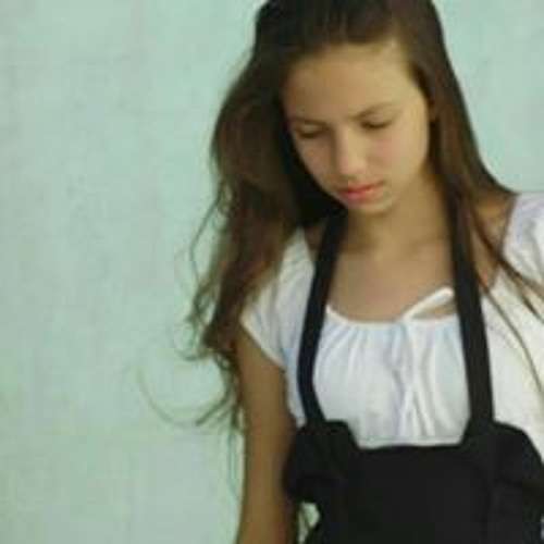 Larissa Alves Ramos's avatar