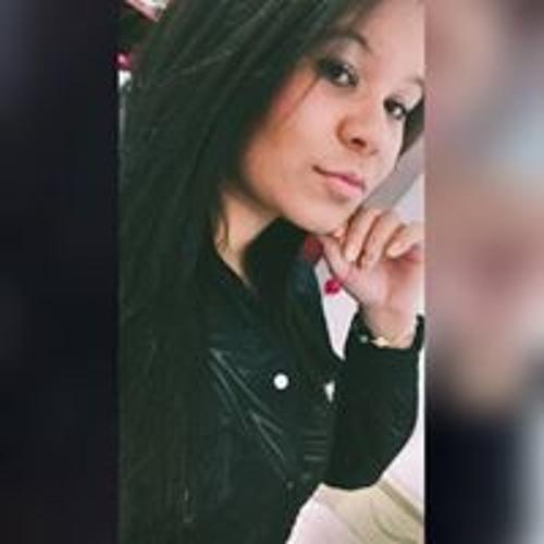 Thayná Rocha's avatar