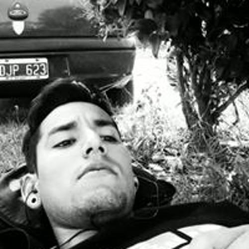 Gustavo Robin's avatar