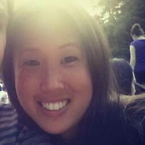 Christina Yee's avatar