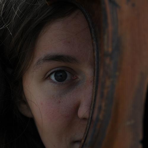julia bilat's avatar