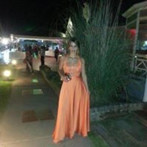 Luz Zelaya's avatar