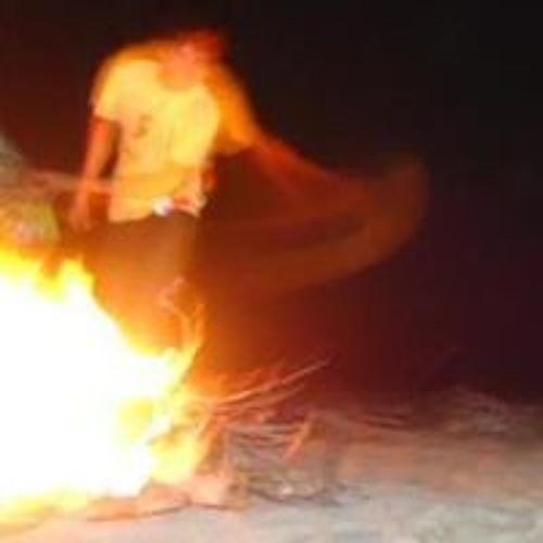 Eduardo Alv's avatar
