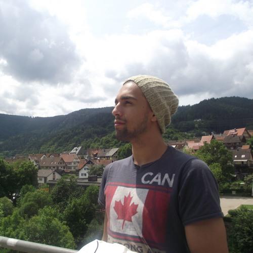 Alon Tzion Dvash's avatar