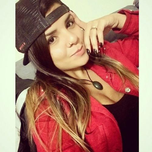 Maiara Liraa's avatar