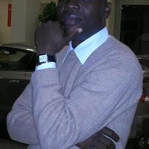 Ade Owuye's avatar