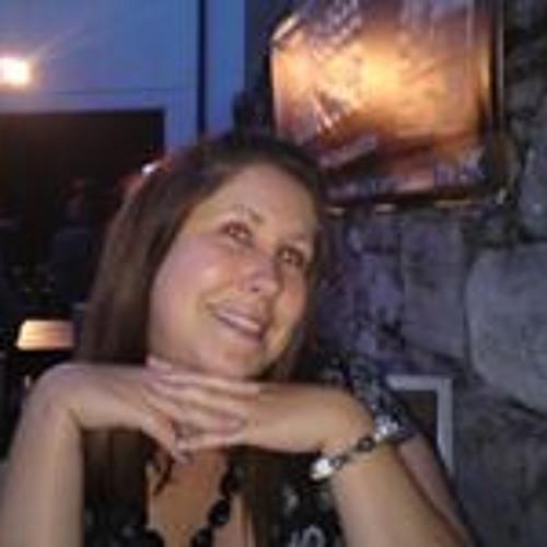 Laura Menary's avatar