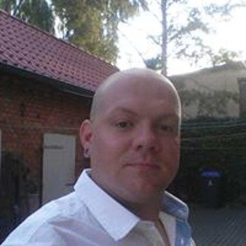 Christopher Zang's avatar