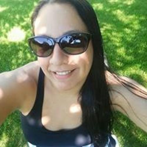 Lesley Sanchez's avatar