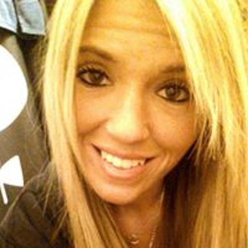 Ashley Kvapil's avatar
