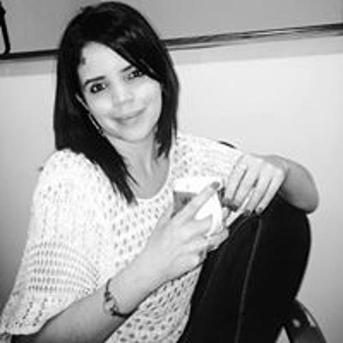 Gabriela Flores's avatar