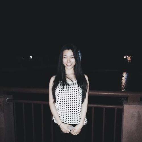 adelineong's avatar
