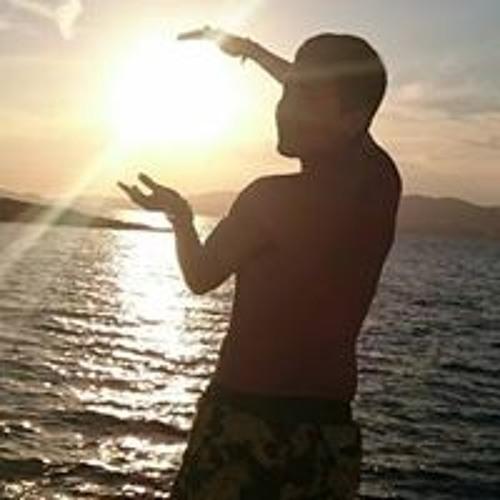 Ricardo Dinns's avatar