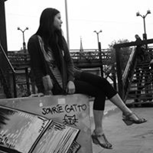 Tasaneeya Viratyosin's avatar