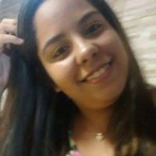 Luanna Porto's avatar