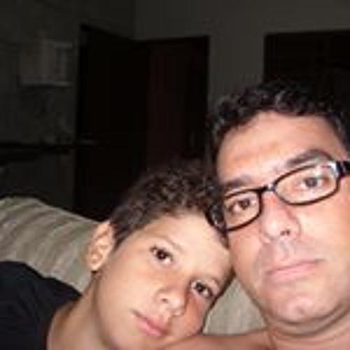 Luan Campos's avatar
