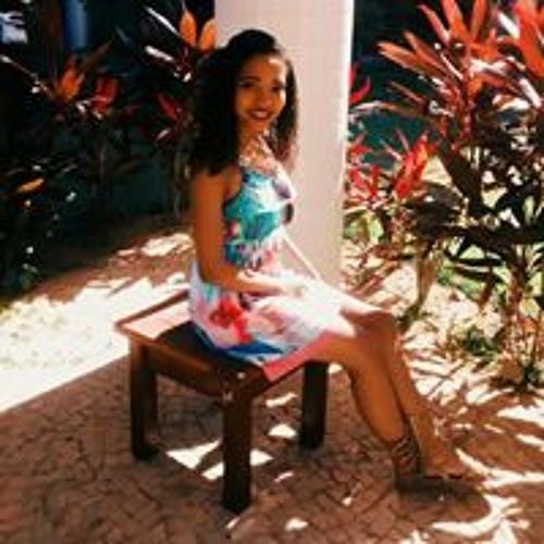 Camilla Ataide's avatar