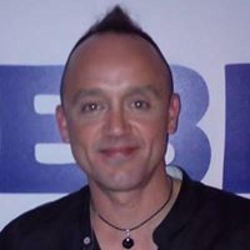 Marco Corriente's avatar