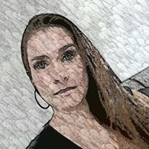 Laura Tang's avatar