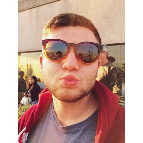 Martin Moyaux's avatar