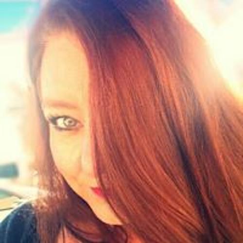 Julie Leonard's avatar