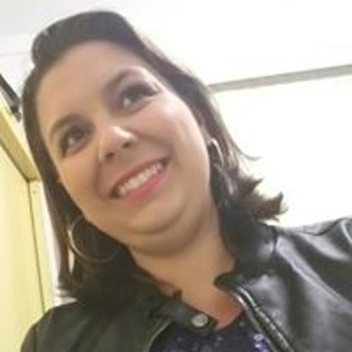 Monalisa Pires's avatar