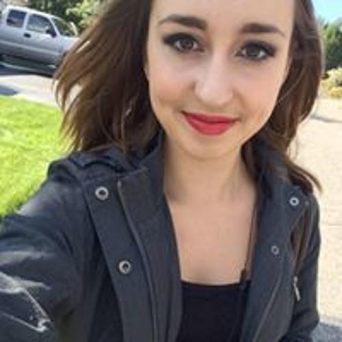 Abbigail Julia's avatar