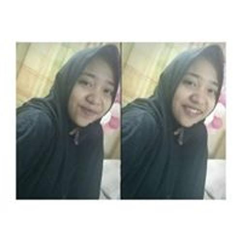 Nadila Dilaa's avatar