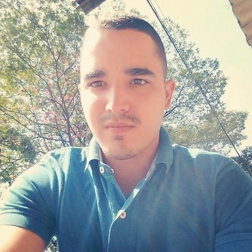 Henrique Qüick's avatar