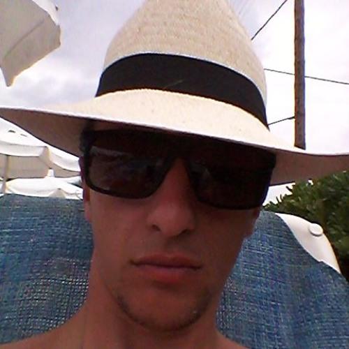 GIO 45b's avatar