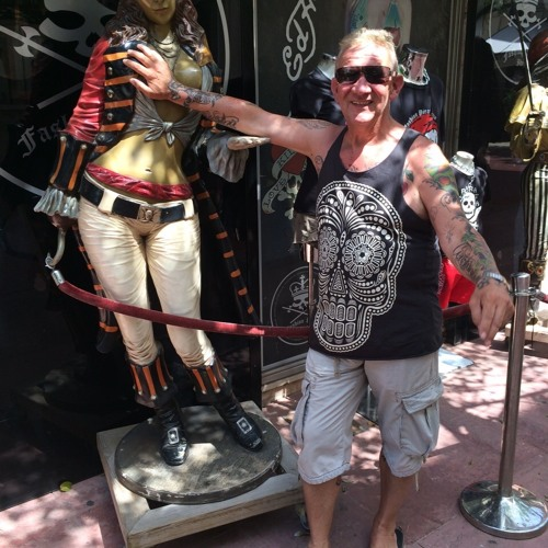 Tom in Ibiza's avatar