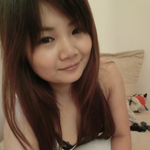 Ella Cheng's avatar