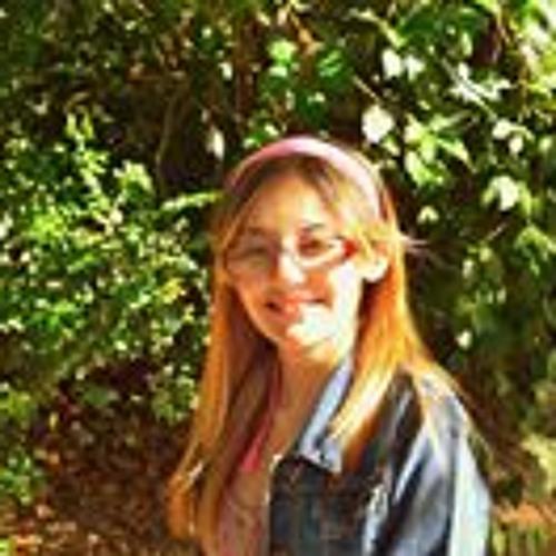Carol Camargo's avatar