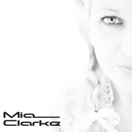 Mia Clarke's avatar
